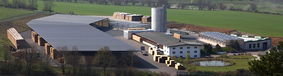 WORLD Palette im Europaletten Format - Die Falkenhahn AG ist Ihr Palettenhersteller von WORLD Paletten. WORLD-Paletten sind eine günstige Alternative zu Europaletten.